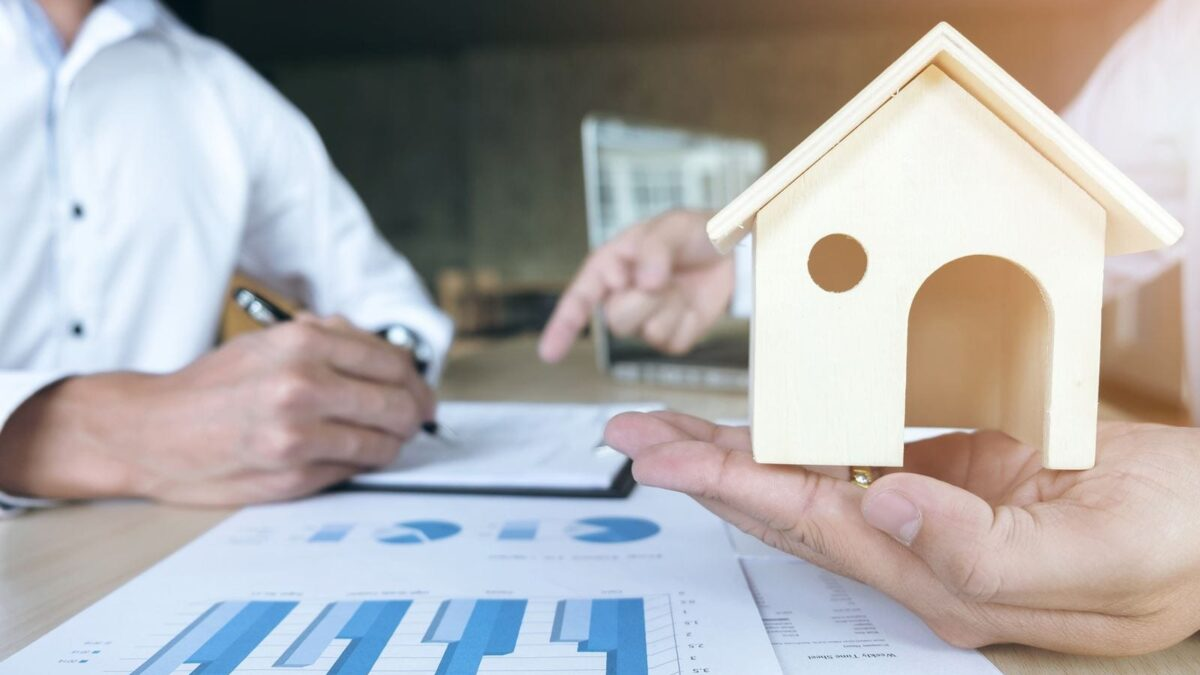 How Successful Investors Prepare Their Real Estate Analysis