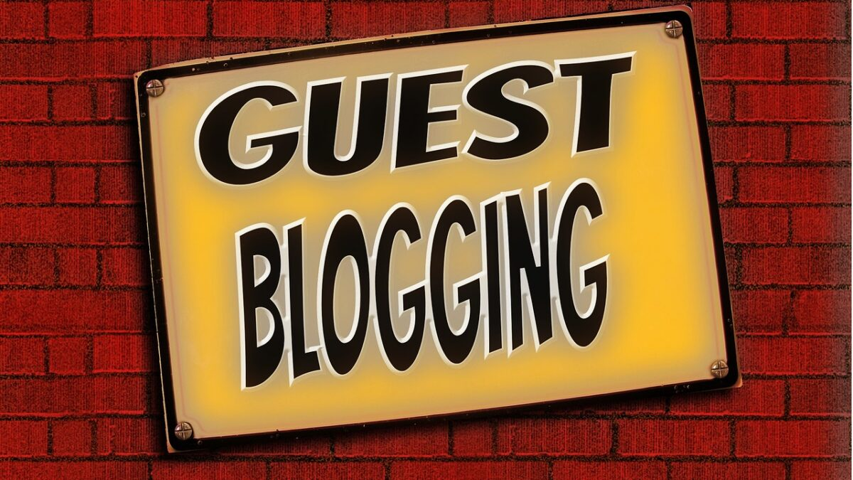 Know Everything About The Guest Blogging Services